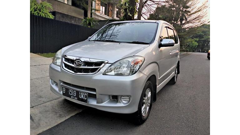 2010 Daihatsu Xenia xi - mulus, km low (preview-0)