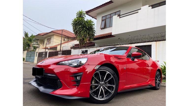 2019 Toyota FT-86 TRD COUPE - Good Condition Like New (preview-0)