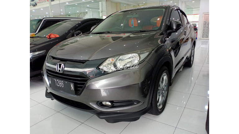 2015 Honda HR-V S - Mobil Pilihan (preview-0)