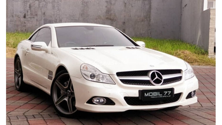 2011 Mercedes Benz Sl 300 Grand Edition - Fitur Mobil Lengkap (preview-0)