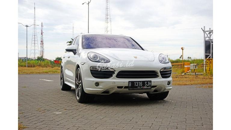 2012 Porsche Cayenne GTS - Mewah Exclusive (preview-0)